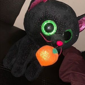 A black halloween cat